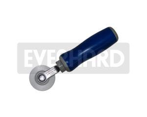 MR12053 Everhard Screen Roller